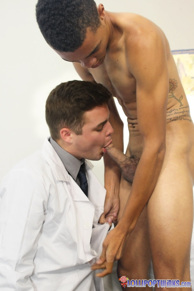 Lollipop-Twinks-Gaylife-Network-Dustin-Fitch-and-Robbie-Anthony-Play-Doctor-Twinks-Fucking-Thick-Cocks-Interracial-Fucking-07 Dustin Fitch and Robbie Anthony, Horny Young Twinks Playing Doctor and Fucking