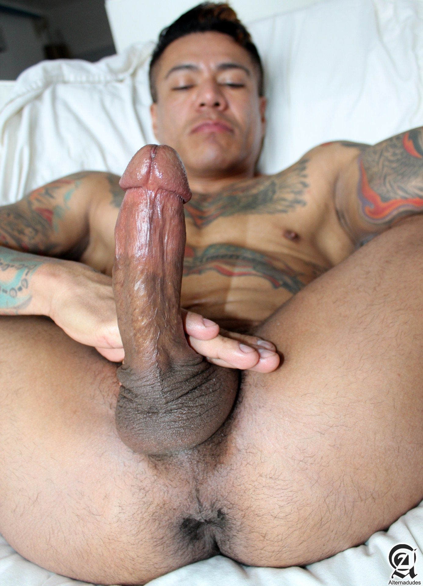 mexican daddy gay porn Tags: chubby, daddies, fat, mexican, white.
