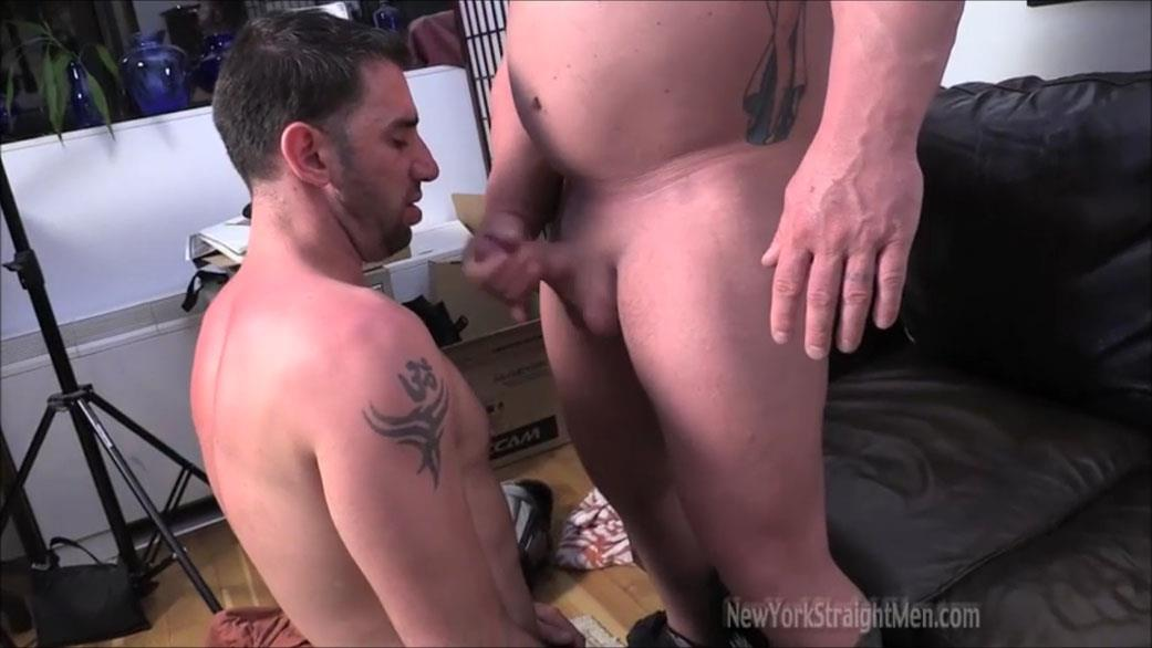 New-York-Straightmen-Magnus-Straight-Chubby-Bodybuilder-Getting-Gay-Blowjob-Amateur-Gay-Porn-19 Straight Chubby Bodybuilder Magnus Gets A Blowjob From A Gay Guy