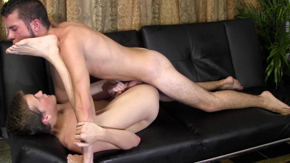 Straight-Fraternity-JC-and-Steffan-Straight-Twink-Sucks-First-Cock-And-Barebacks-Amateur-Gay-Porn-23 Straight Fraternity Boy Barebacks An Ass For The First Time