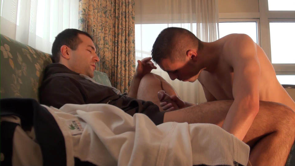French Dudes Malik TN and Kyle Lena Guy With A Beer Can Cock Fucking An Ass Amateur Gay Porn 02 French Guy Gets Fucked By A Beer Can Sized Cock
