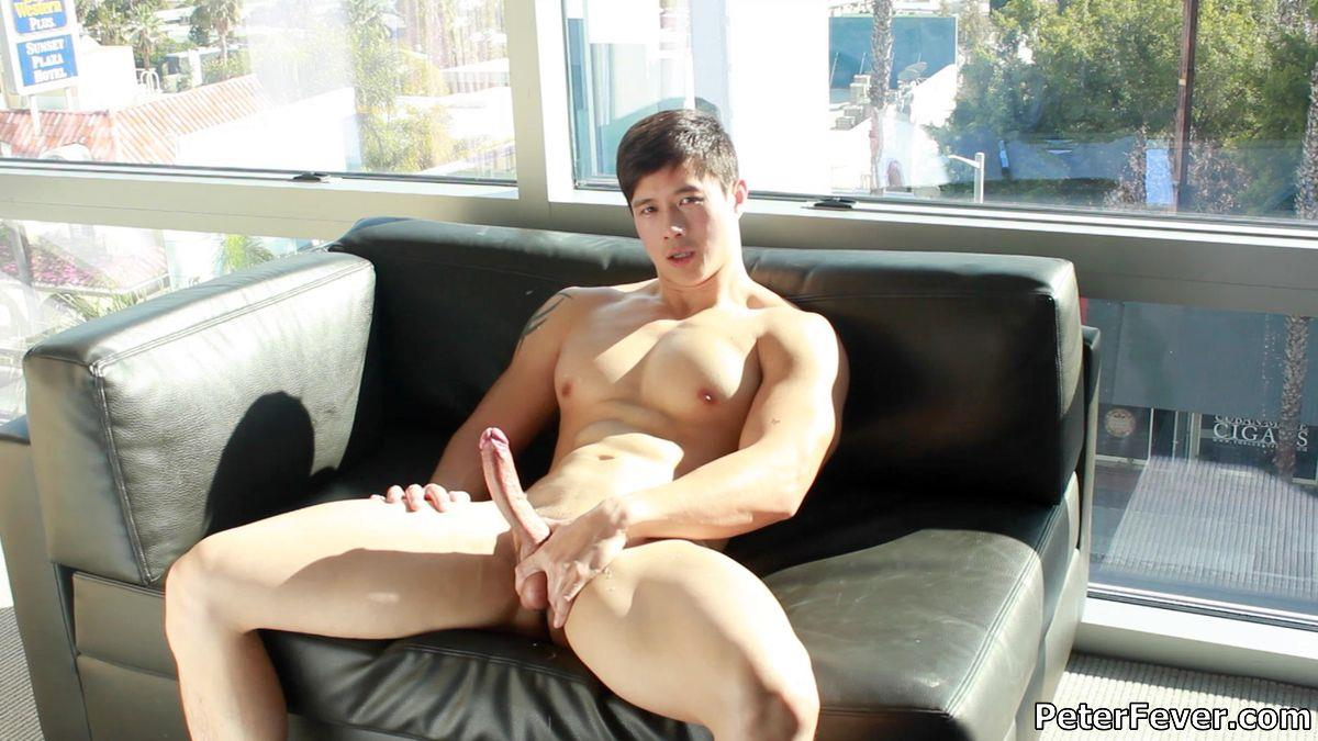 Peter-Fever-Peter-Le-Muscular-Naked-Chinese-Guy-With-Big-Uncut-Cock-Amateur-Gay-Porn-31 Muscular Asian Peter Le Jerking His Big Uncut Asian Cock