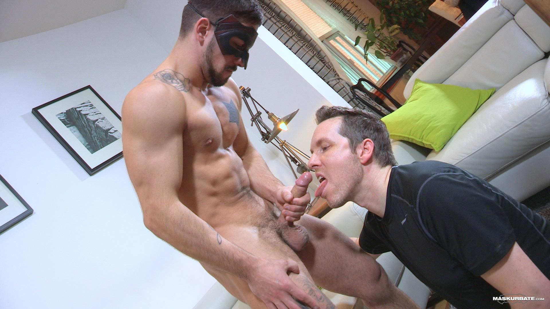 Maskurbate-Carl-Straight-Muscle-Jock-With-A-Big-Cock-Amateur-Gay-Porn-13 Straight Muscle Hunk Gets His First Blow Job From Another Guy