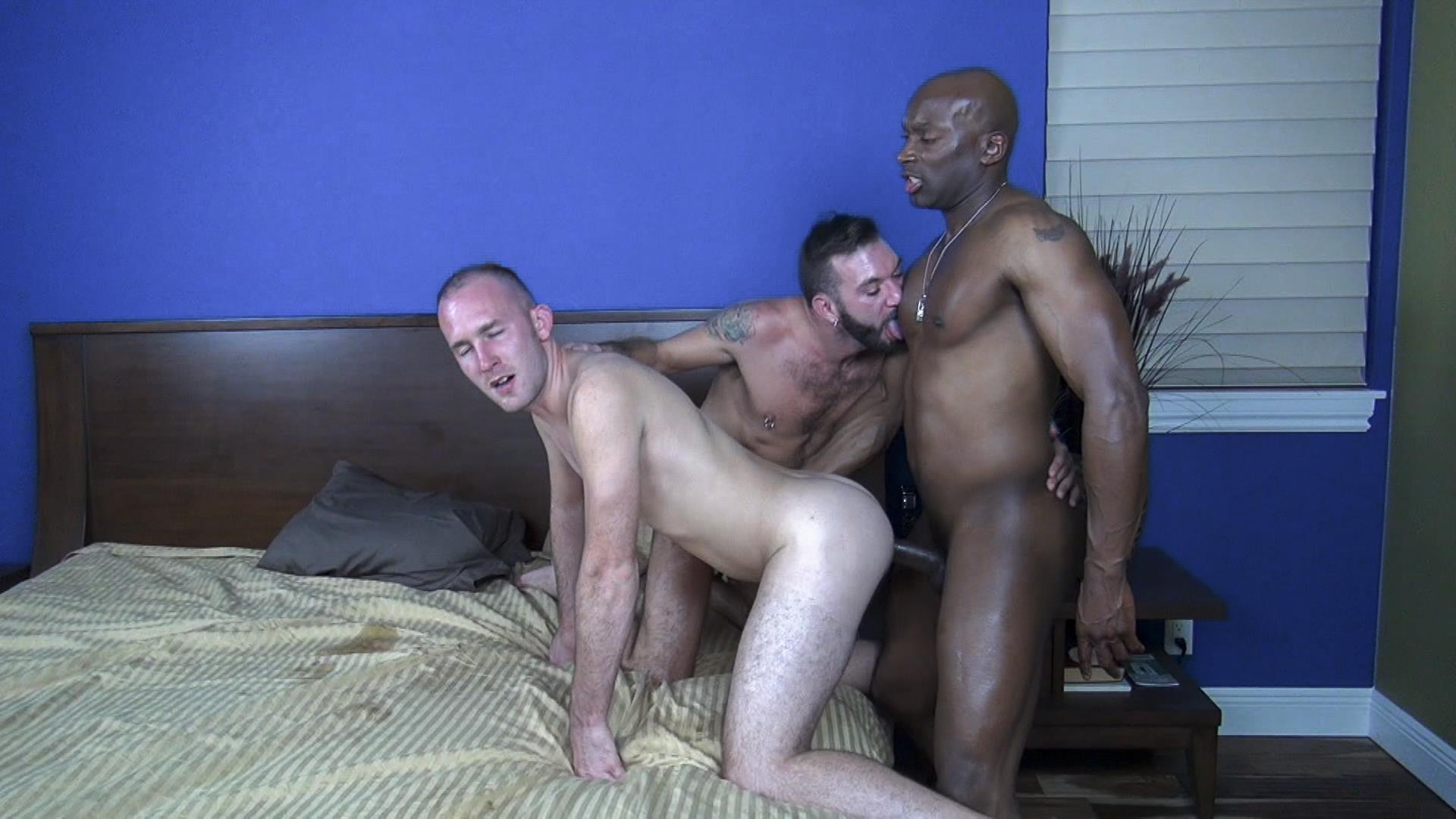 Raw Fuck Club Ethan Palmer and Champ Robinson and Trit Tyler Bareback Interrical Amateur Gay Porn 02 Champ Robinson Shares His Big Black Dick With 2 White Guys