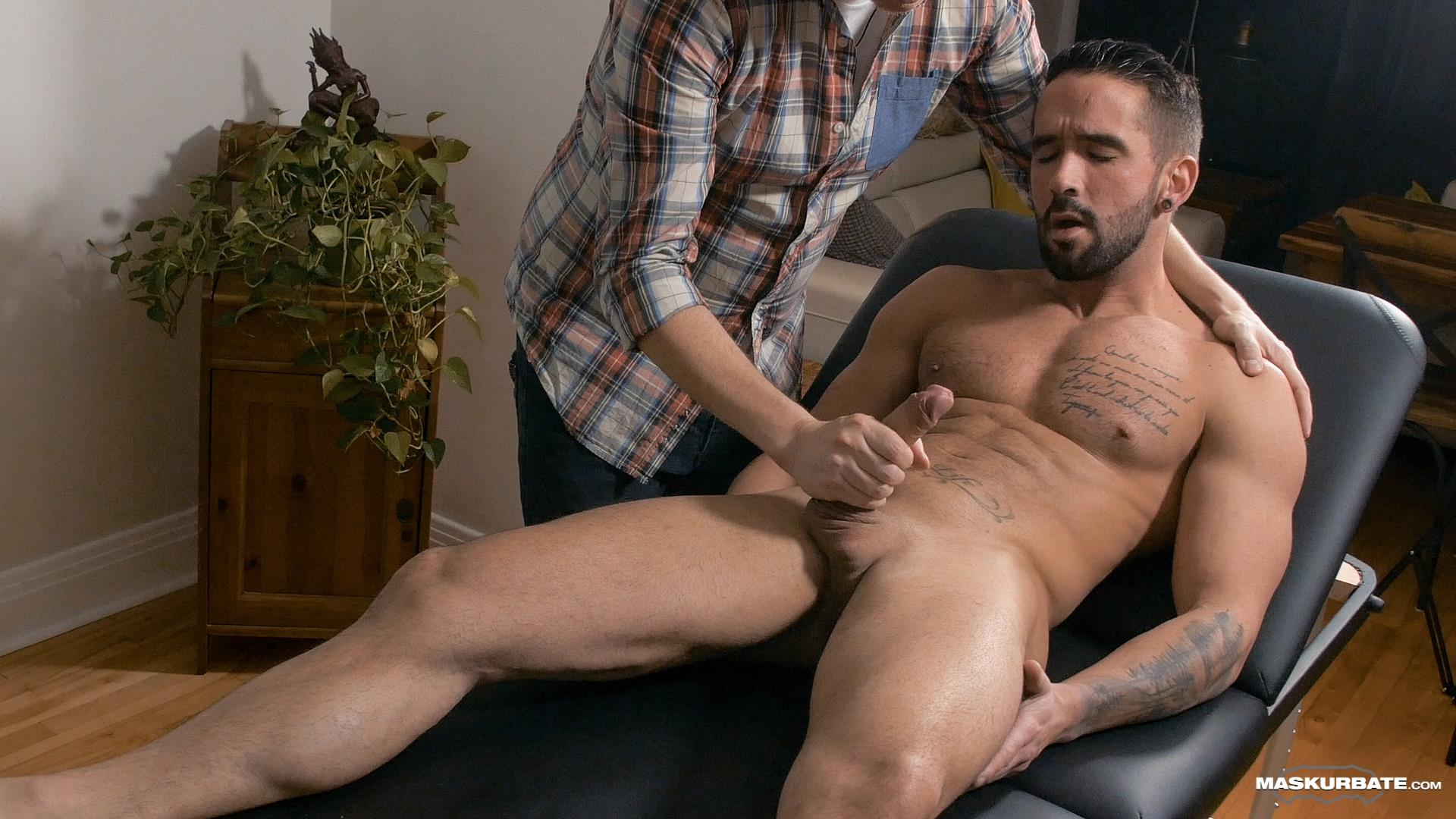 Maskurbate-Zack-Lemec-Gay-Massage-With-Happy-Ending-09 Zack Lemec Get's His First Gay Massage With A Happy Ending