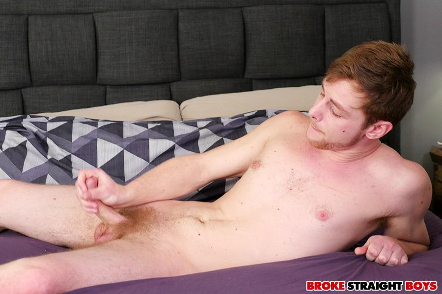 Broke-Straight-Boys-Charlie-Maddoxx-Straight-Chicago-Boy-Jerking-Off-13 Chicago Straight Boy Auditions For Gay Porn And Jerks Off